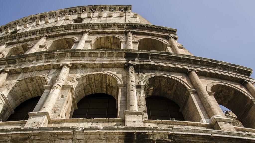 the-coliseum-1233932_1920