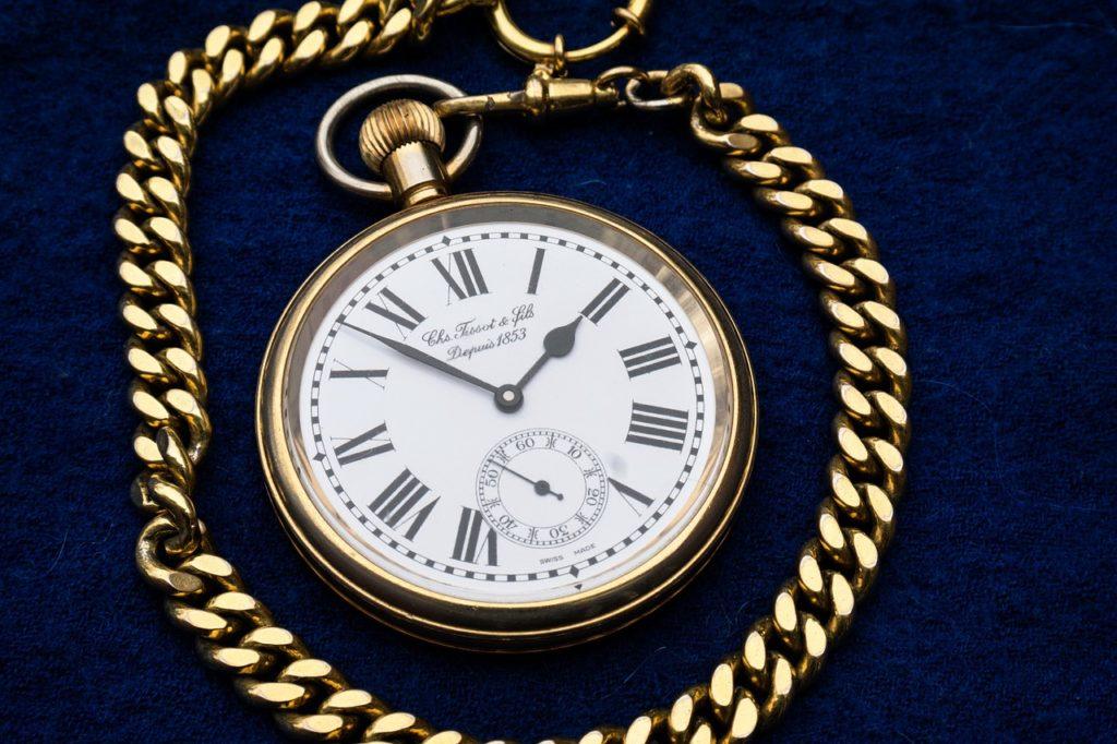 clock-597435_1280